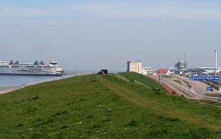 Den Helder, juli 2016: De veerboot vliegt tussen Den Helder en het eiland Texel
