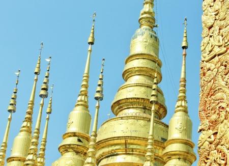 pinnacle: Oro pinnacolo Thailandia