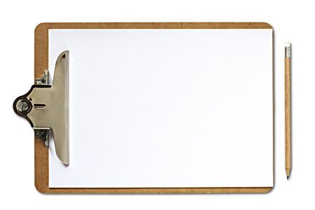 Klemmbrett und Bleistift auf weißem Hintergrund Standard-Bild - 37393376