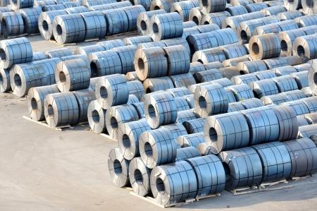 hard alloy: rolls of steel sheet in harbor