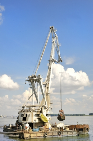 Marine dredge photo