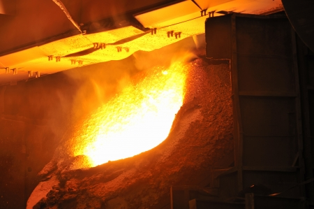 Molten hot steel Stock Photo - 20778125