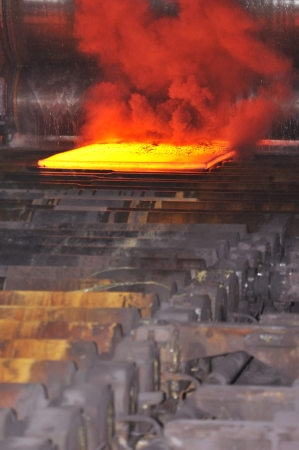 molted: hot steel on conveyor