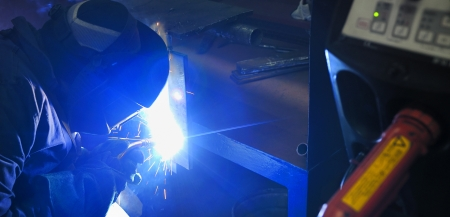 Cutting metal with mig welder Stock Photo - 16473665