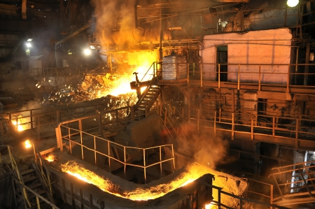 Molten hot steel pouring Stock Photo - 16478553