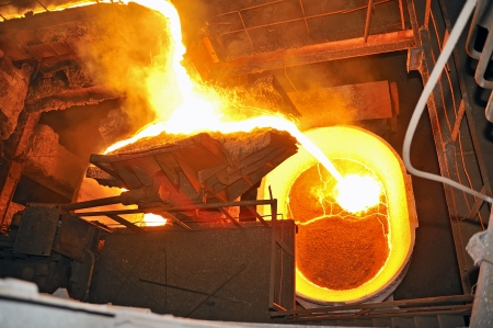 pouring molten steel Stock Photo - 16480218