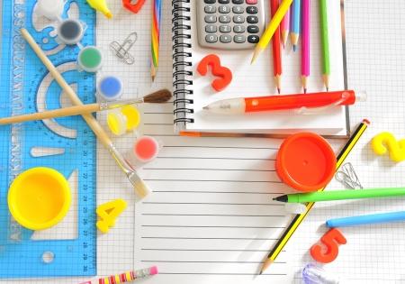 accesories: school things