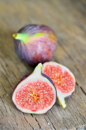 Ripe fresh fig Stock Photo - 16482517