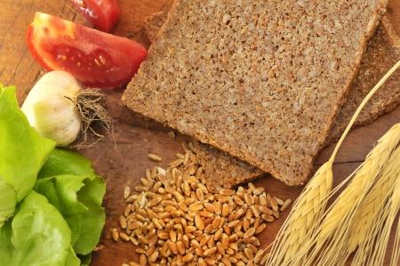 integral: Sliced integral bread