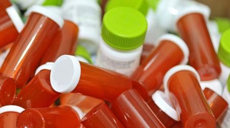 botellas vacias: botiquín