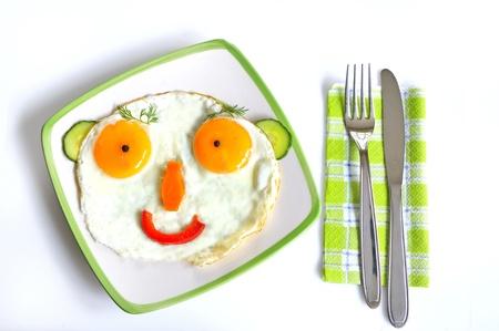 aliments droles: Happy oeufs friture visage Banque d'images