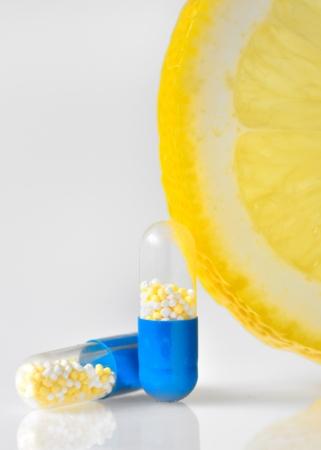 vitamin c pills Stock Photo - 17748260