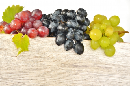 types of grapes on wood photo