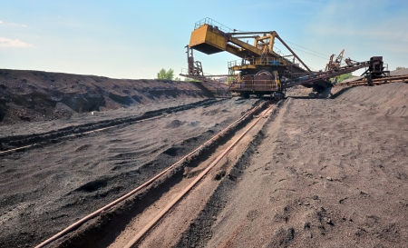 mining ship: ore conveyor in steel plant