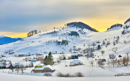 Beautiful winter landscape in the mountains at sunset Stock Photo - 24202012