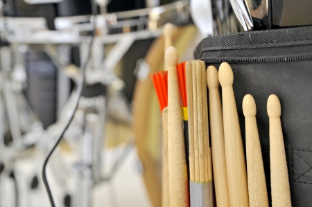 スネア ・ ドラムとドラム棒の詳細