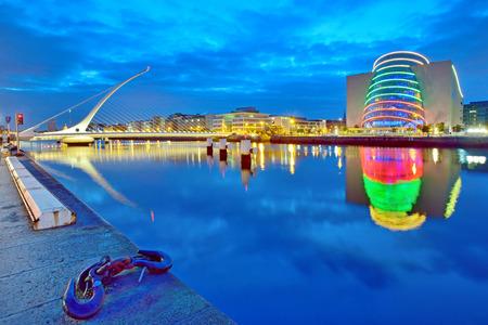 dublin ireland: Samuel Beckett Bridge in Dublin at night