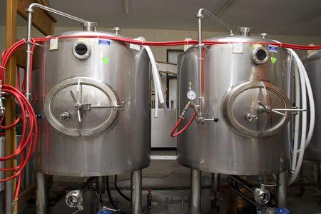 brewer: Interieur moderna de una f�brica de cerveza