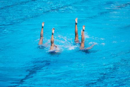 natación sincronizada: Las mujeres natación sincronizada rendimiento