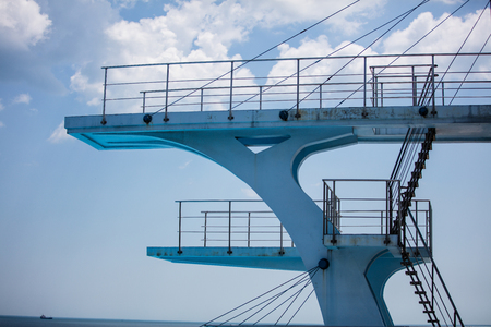 towers: diving platform from the side with a blue sky
