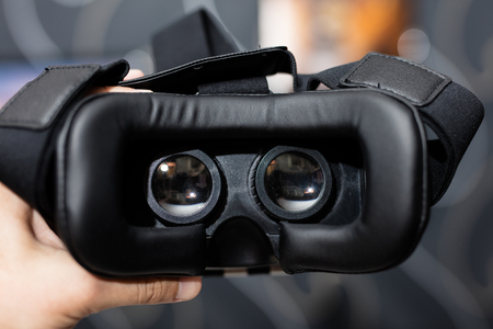 stereoscopic: VR glasses for virtual reality games, photo spheres or 3D video