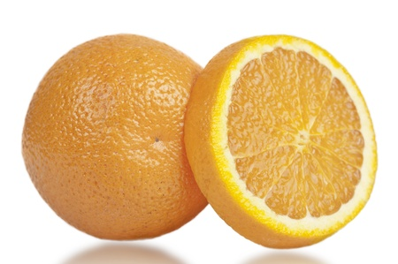 perfectly: perfectly fresh oranges with clipping path
