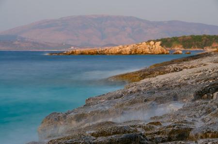 long exposure of sea and rocks Standard-Bild
