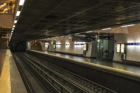station m�tro: Station de m�tro � Lisbonne, Portugal �ditoriale