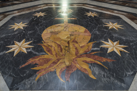 martiri: Rome, Italy - January 3, 2017: Marble floor decorated of basilica of St. Mary of the Angels and the Martyrs (Santa Maria degli Angeli e dei Martiri) in Rome, Italy Editorial