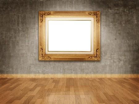mus�e: Cadre dor� vide sur le mur de b�ton fonc�