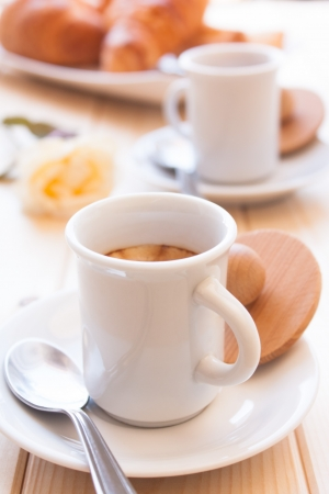 fresh start: Coffe cup for energetic breakfast on wood table Stock Photo