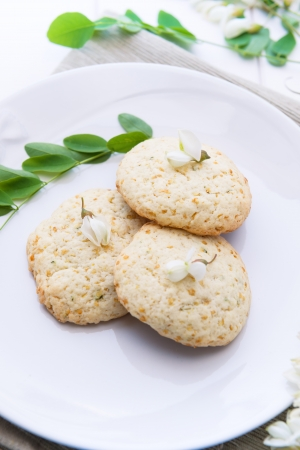 goodness: Goodness sweet cookies with acacia