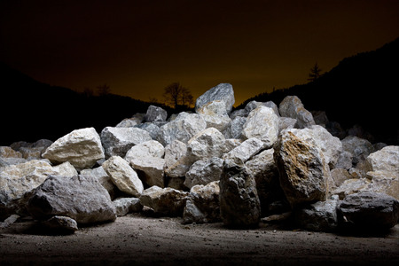 sacral: Night shots of a quarry