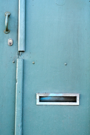 old green wood door Stock Photo - 17457073