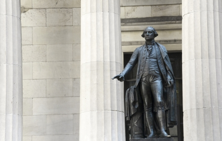 george washington statue: George Washington statue at Federal Hall in New York City.
