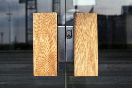 Entrance, glas door