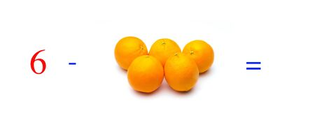 Simple subtraction problems with oranges, mathematical problems for children who study and want to learn math and calculus; learn to subtract with fruits and numbers, oranges and figures and numerical symbols Imagens - 138297671