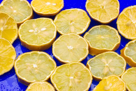 Lemon yellow citrus fruit full of vitamins, ideal for the diet due to its low calories, you can drink it in juice, very refreshing, ideal for desserts, ice cream.