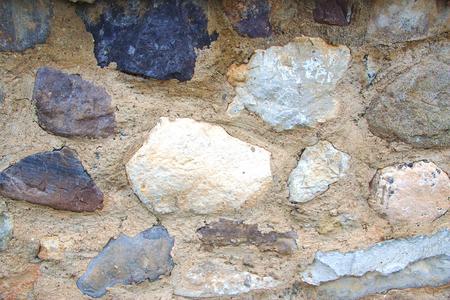 overbuilding: Trama di muro di pietra