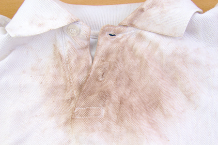 very dirty: Very dirty white shirt