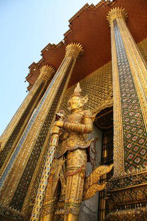kaew: Golden statue in Wat Phra Kaew Bangkok