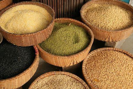 Specerijen op Vietnamese voedselmarkt Stockfoto