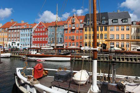 Nyhavn in Kopenhagen, Dänemark - einer der beliebtesten touristische Orte