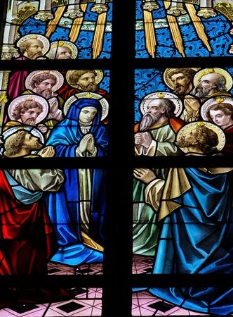 pfingsten: Pfingsten. Dieses Fenster wurde 1895 geschaffen