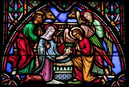 nacimiento de jesus: Escena de la natividad de la Navidad. Esta ventana fue creada en 1866, no se ha liberado propiedad es obligatoria. Editorial