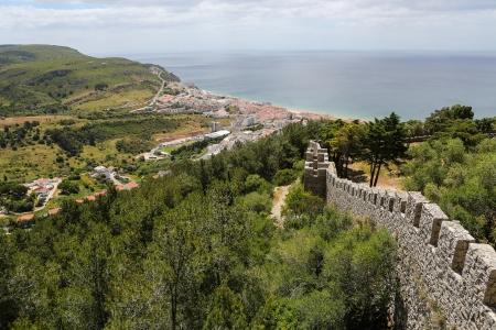 ポルトガルのセシンブラ沿岸の町の空中写真 写真素材
