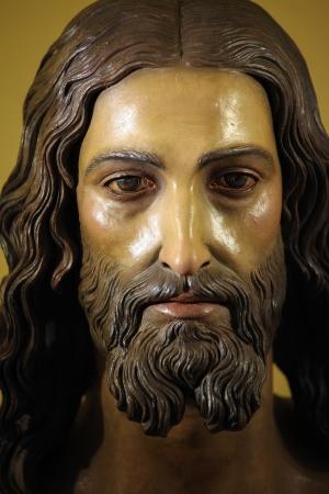 Standbeeld van Jezus Christus in de kerk van Ronda, Spanje, op 1 december 2013 Dit standbeeld werd opgericht meer dan 100 jaar geleden, geen property release vereist