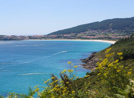 Kap Finisterre oder Cabo Fisterra ist ein Rock-gebundenen Halbinsel an der Costa da Morte in Galizien, Spanien. In römischer Zeit wurde angenommen, um das Ende der Welt, und es ist das endgültige Ziel für viele Pilger auf dem Jakobsweg.