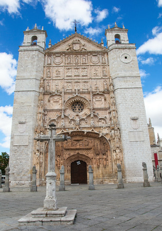 plateresque: Facade of the San Pable Church (15th Century) in Valladolid, Castile and Leon, Spain. This church is built in the Isabelline Gothic-Plateresque style and is a main landmark of Valladolid. Editorial