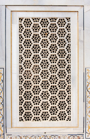 mughal architecture: Architectural detail of a window in Agra Fort in Agra, Uttar Pradesh, India